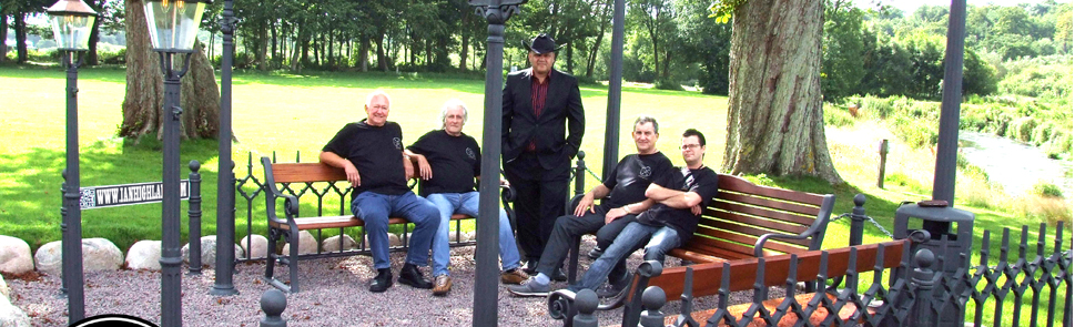 Ian Highland Band - Country Music - Band Picture 1